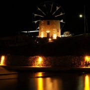 windmill-villa-at-night-2